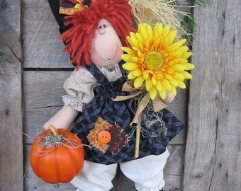 e pattern Holiday Hanna witch doll