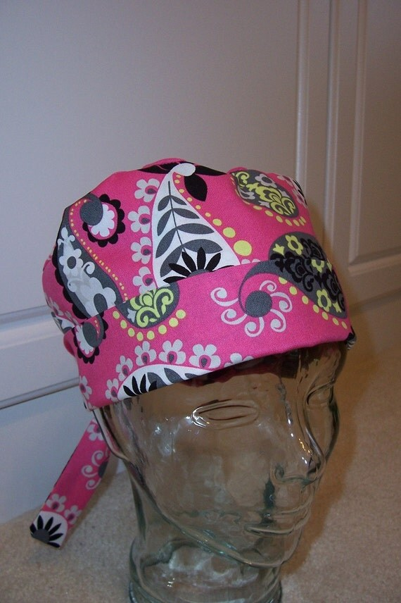 Tie Back Surgical Scrub Hat in Hot Pink Paisley