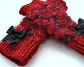 Knitted  Red  Rabbit wool mittens,gloves,so soft,winter,women,fashion,spring fashion.winter accessories
