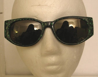 Vintage 1980s New Wave Sunglasses with Green Stars