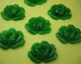 1920s Vintage Green Glass Rose Bead (4)