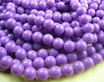 Vintage Strand Purple Round Lucite Beads