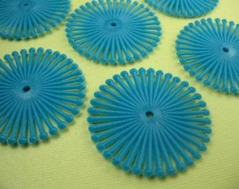 18 Vintage Plastic Turquoise Spiral Beads