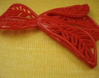 6 Vintage Red Flower 1940s Fillagree Bead Pendant