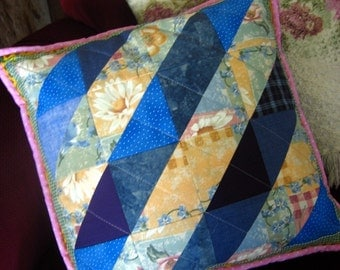 Quilted pillow, reversible, 16 x 16