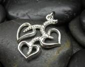Heart shape leafs pendant in sterling silver