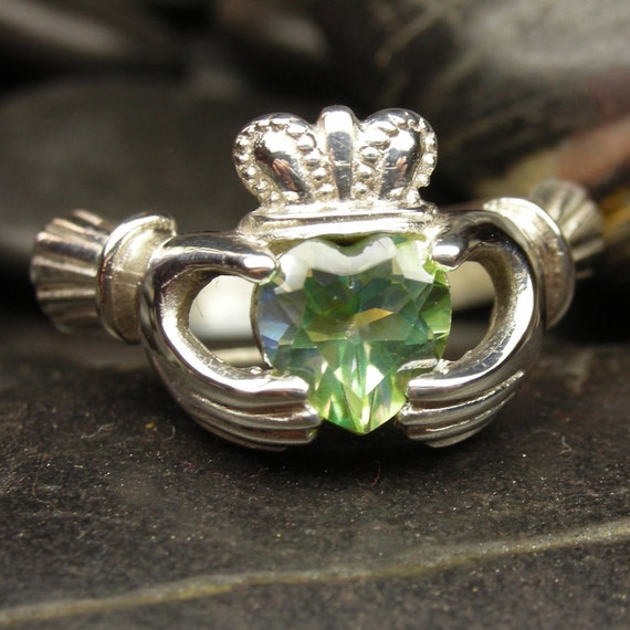 Crush peridot mystic topaz Claddagh ring in sterling silver - Size 7 ready to be shipped