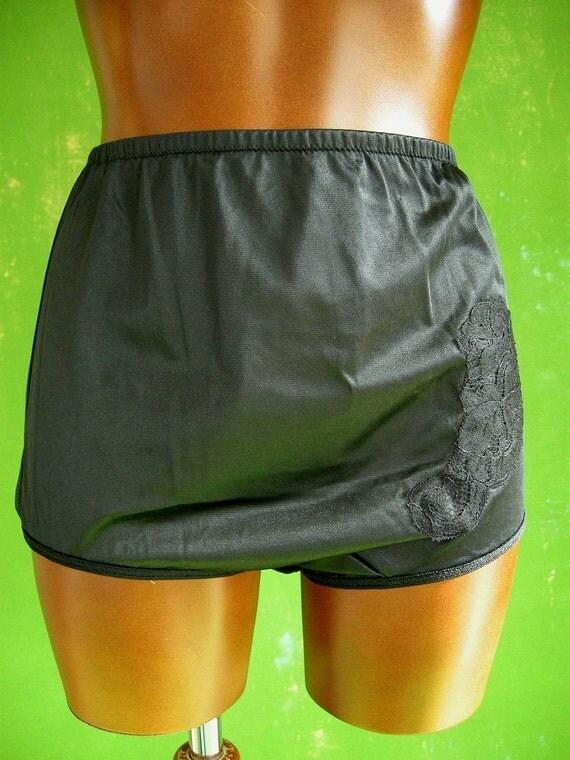 Black Vintage Kayser Full Cut Panties 6 S Nwts By Empressjade