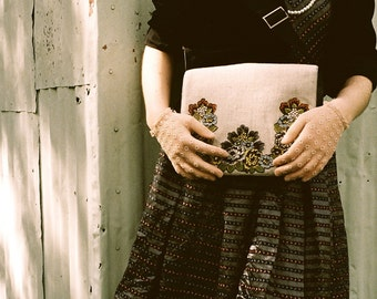 Linen with french floral applique messenger bag