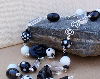 Black and White Link Necklace