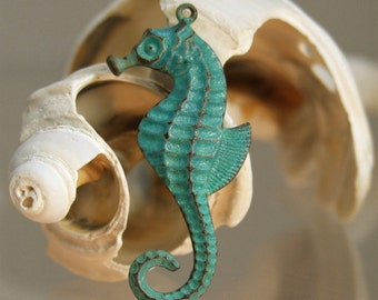 Seahorse Charm - 1 pc - Verdigris Brass - Teal Patina Seahorse - Nautical Charms - Patina Queen