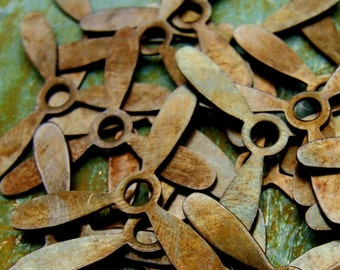 Propellers - 8 pcs - Brass Hand Antiqued - Steampunk Airplane - Patina Queen