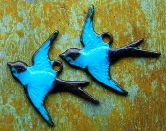 Brass Bird Charms - 2 pcs - Aged Teal Patina Bluebirds - Patina Queen