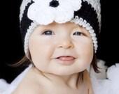 Daisy Beanie - Grey, Black, White