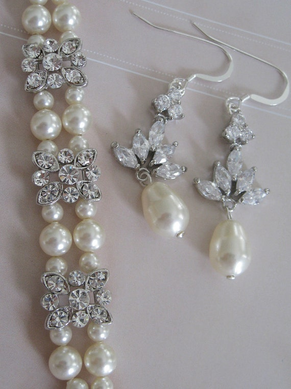 Bride - Bridesmaids - Rhinestone Pearl Bracelet and Earrings Set - Bridal Jewelry - Bridal Accessories