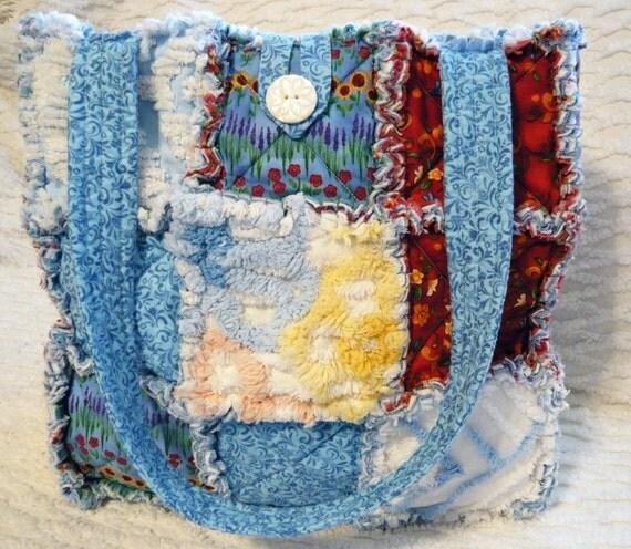 SALE Pretty Flowers Handmade Rag Quilt Tote Purse Vintage