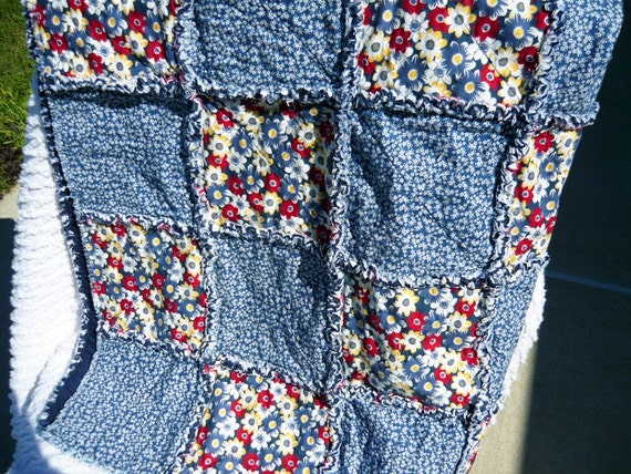 SALE - 20% off, Rag Quilt, Blue, Red, Lap Quilt, Handmade