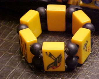 1940s Bakelite Mah jongg Tile Bracelet with Wooden Beads Peace Dove