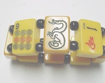 signed jan carlin designer vintage backelite red and green dragon mah jong game bracelet