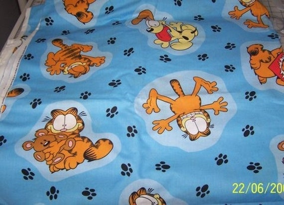 Garfield Cattitudes Fabric On Blue 1 Yd Cotton Quilting