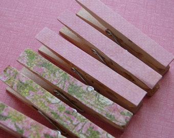 Memo clips decoupaged clothespins  Gifts Under 5 Dollars Hostess Gift, Kitchen, Office, Desk Organization, Teacher Gift