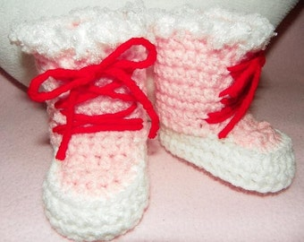 Valentine Booties 3 to 6 months-Pink