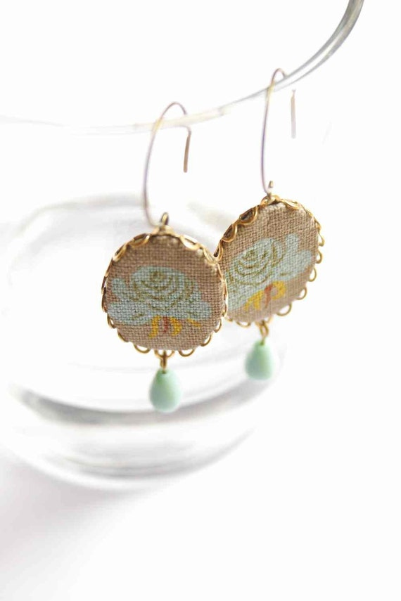 One flower to rule them all - textile jewelry - earrings