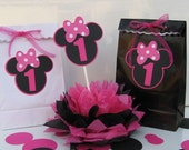 Minnie Mouse favor bags RESERVED for Lisa