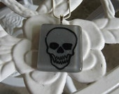 WBN Grey Gray Skull Stained Glass Necklace