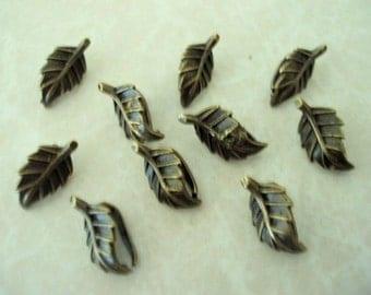 Leaf Antiqued Brass Bails (10 pcs)