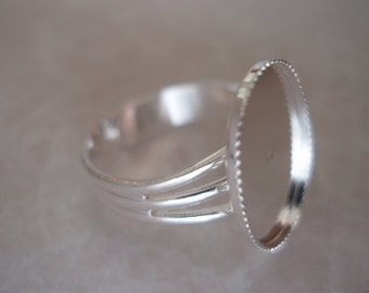 Silver Plated Adjustable Ring with18x13mm Oval Setting (3pcs.) FRG131