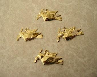 20 pcs. Gold Plated Dove Drop ST007