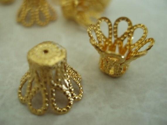 Filigree Basket Bead Caps Gold Plated 12mm 10 pcs.  BDBC049