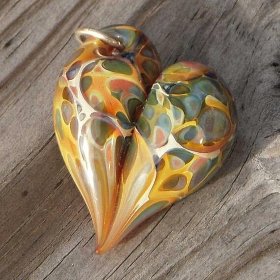"Lampwork glass heart pendant, ""Amber"""