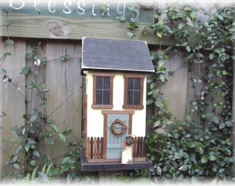 Primitive Cottage Farmhouse Shabby Birdhouse