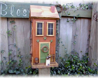 Primitive Folk Art Birdhouse
