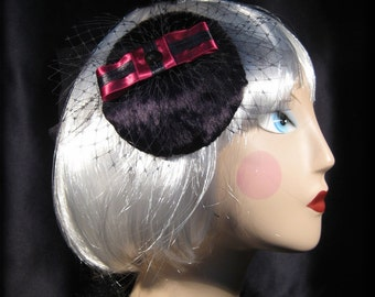 PinUp Mini Hat, Retro Fascinator, Bow Hair Comb, Black Velvet Headpiece, Wine Red Bow Hair Accessory