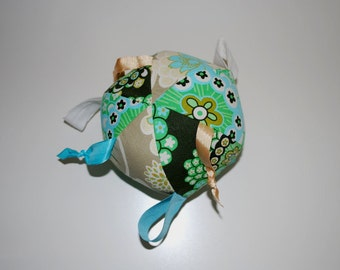 Baby knotty ribbon ball in Amy Butler florals