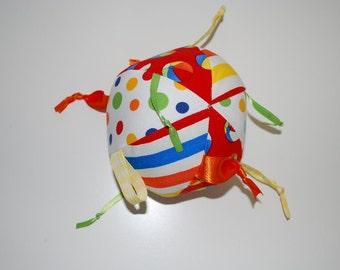 Baby knotty ribbon  'beach' ball
