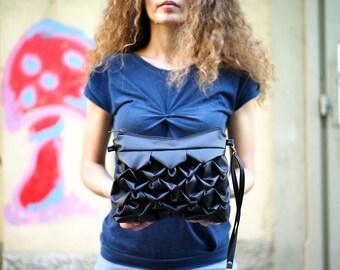 Baby Ninfea in black. Vegan bag