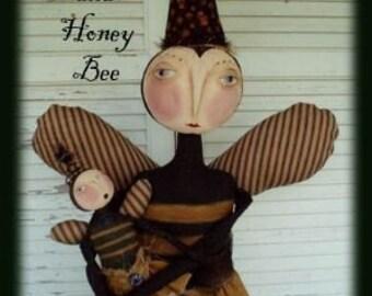 Primitive Folk Art Queen and Honey Bee Doll Epattern