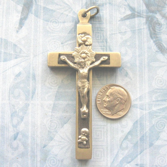 Vintage Rosary Cross SKULL & CROSSBONES Vintage Nuns Pectoral Silver Crucifix