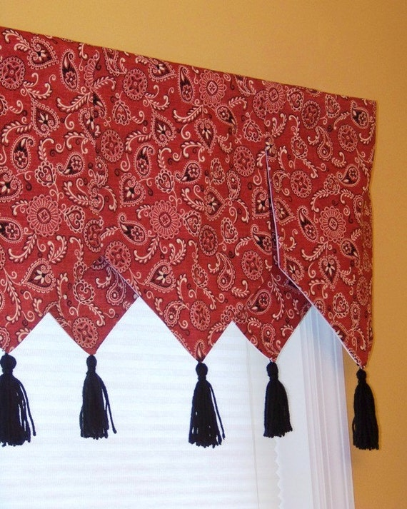 Custom Boutique Waverly Giddy Up Bandana Print Window Valance