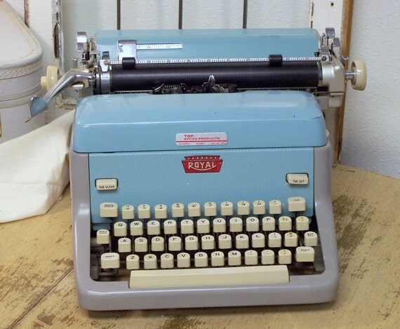 Vintage 1961 Royal FP Typewriter in Aqua