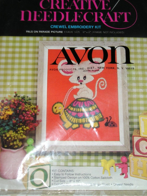 NEEDLEWORK        The TURTLE and the MOUSE                  Avon