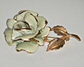 Vintage 1970s Gold Tone and Enameld Capri Rose Flower Pin  P102