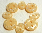 Vintage Baby Buttons, Plastic Pearl, Pastel Yellow,  JAa96