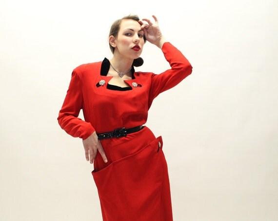 40s RED Dress - Stunning Rayon Cocktail Dress - Black Velvet Collar - XL