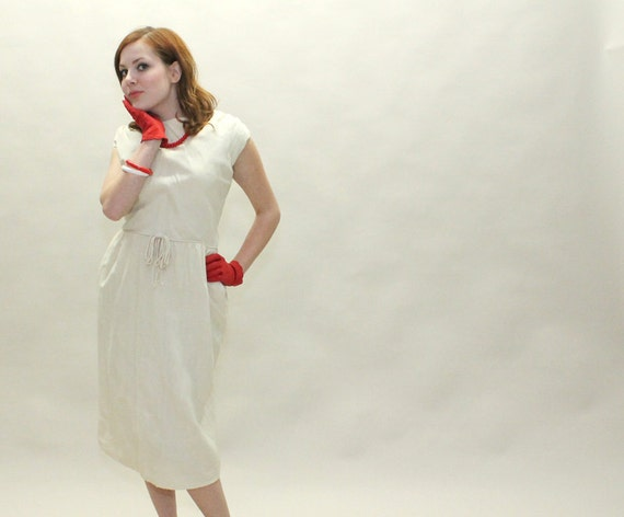 50s Silk Dress - Ivory White Vintage Wiggle Dress with Bow and Pockets - MEDIUM