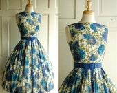 1950s Spring Dress / Vintage Cotton Floral Print Dress